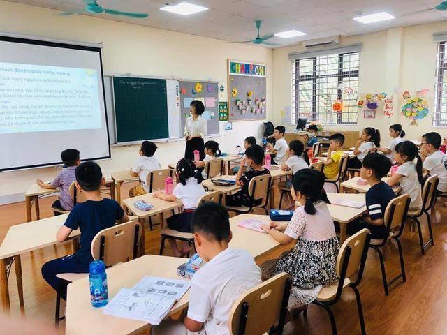 100% giáo viên tiếng Anh ở Hà Nội sẽ phải có chứng chỉ IELTS