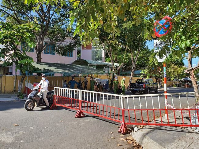 Đà Nẵng tiếp tục cách ly xã hội từ 0h ngày 12/8
