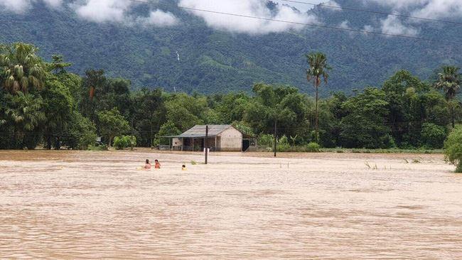 Tin nóng đầu ngày 12/10: Sẽ còn lũ lụt liên tiếp vì biến đổi khí hậu