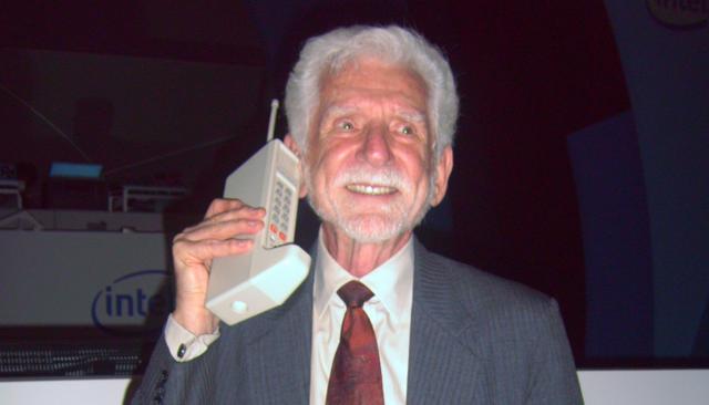 10 mẫu điện thoại nổi tiếng nhất lịch sử, bạn biết bao nhiêu trong số này?