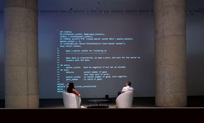 Dòng code từ năm 1989 được bán với giá 5,4 triệu USD
