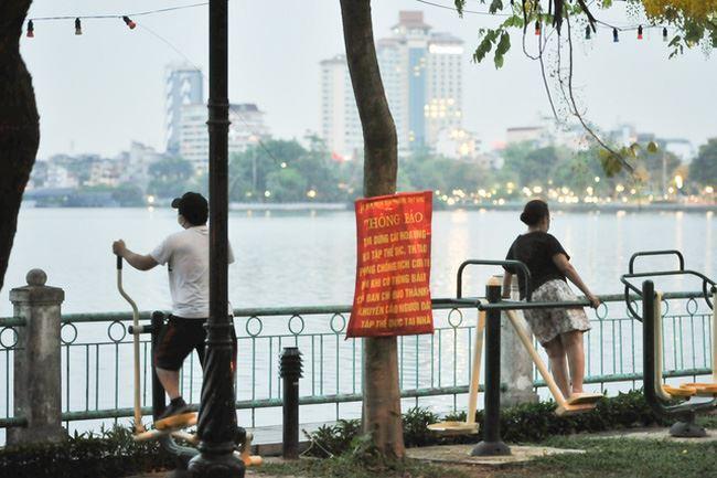 Hà Nội lập đường dây nóng tiếp nhận phản ánh của người dân về tình hình phòng, chống dịch