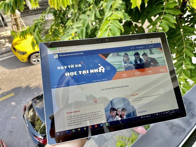 Hỗ trợ học sinh, sinh viên học trực tuyến trong mùa dịch