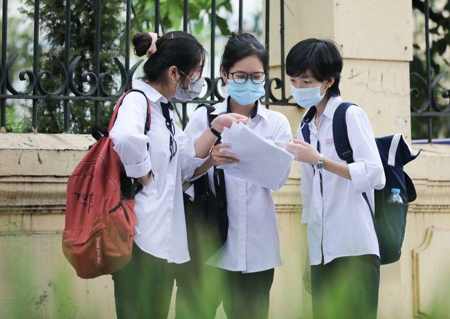 Loạt trường đại học công bố điểm chuẩn năm 2021