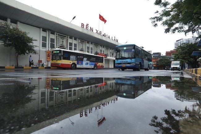 Hà Nội mở lại xe khách liên tỉnh, hành khách cần đảm bảo yêu cầu gì trong và sau chuyến đi?