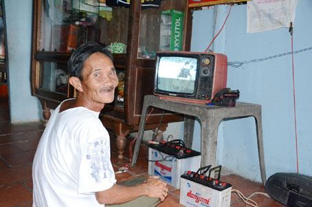 Hỗ trợ đầu thu truyền hình số DVB-T2 cho hơn 236.500 hộ nghèo, cận nghèo thuộc 12 tỉnh miền Trung