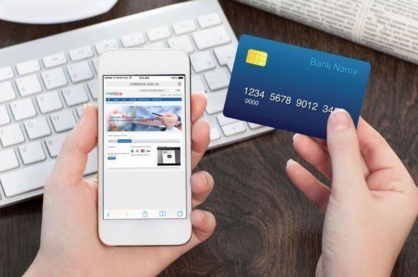 Dính lừa vì mua vé máy bay trực tuyến bằng thẻ tín dụng